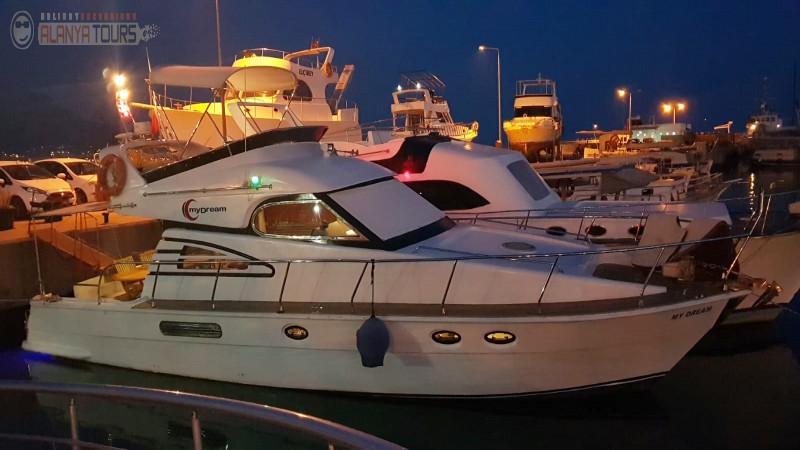 Индивидуальная яхта в Алании