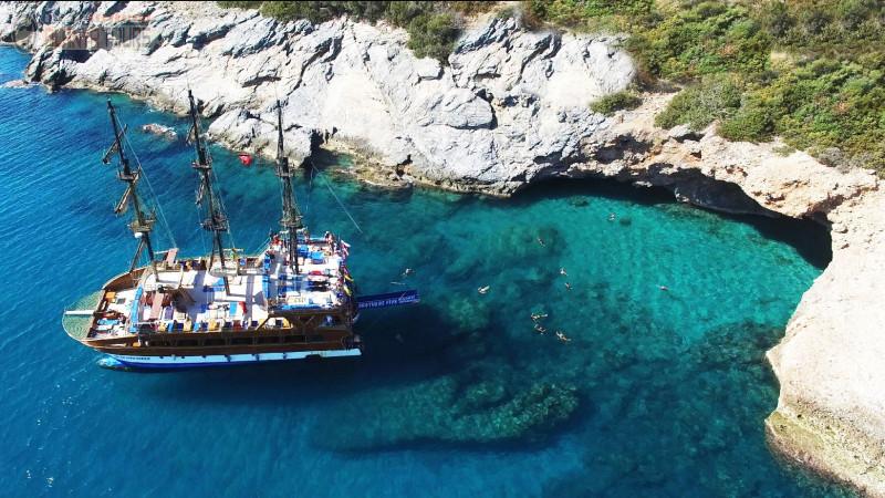 Catamaran boat in Alanya