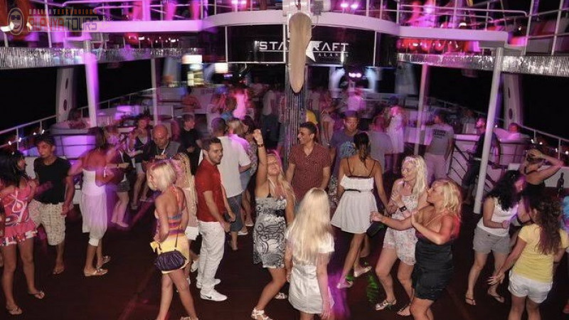 Alanya Boat tour (yacht Starcraft)